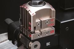 04-F800-clamp-01-medium-resolution